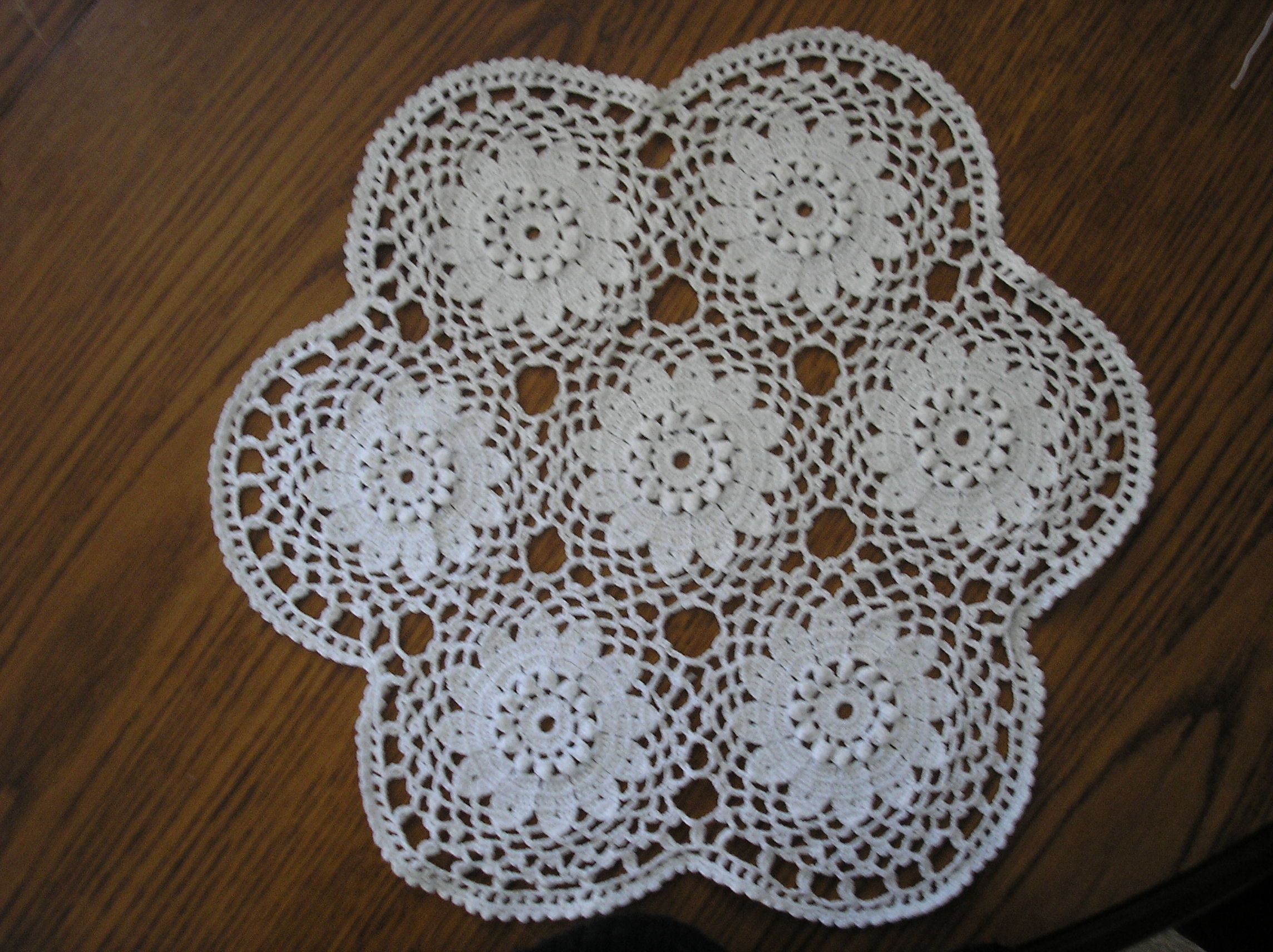 napperon pour coussin aux 7 fleurs